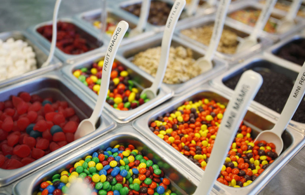froyo toppings