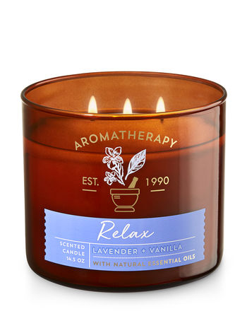 Bath and body works relax lavender vanilla candle