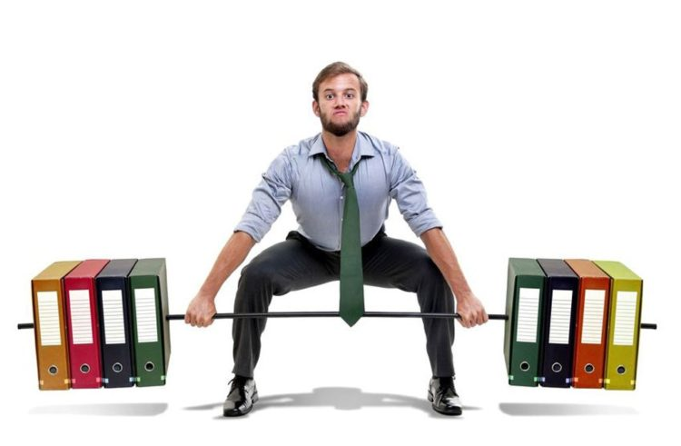 5 body strengthening exercises you can do in the office