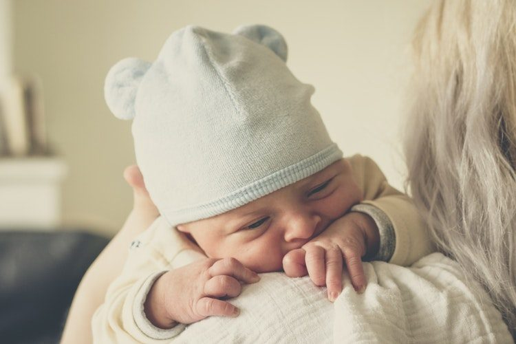 Dealing with people suffering from postpartum depression
