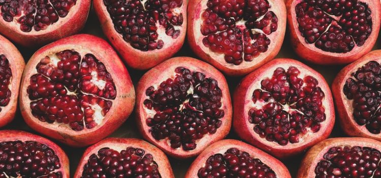 What are the health benefits of pomegranate?