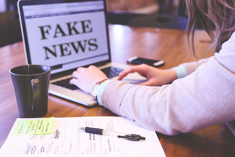 how to avoid COVID-19 fake news